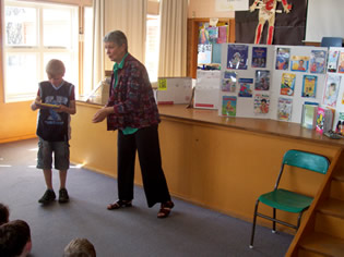 Author Elizabeth Pulford presents books to Concord pupils